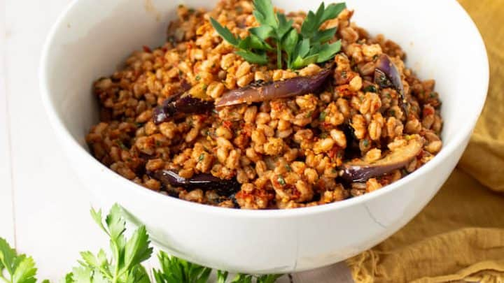 Farro with Sun-dried Tomato Pesto Vegan Recipe